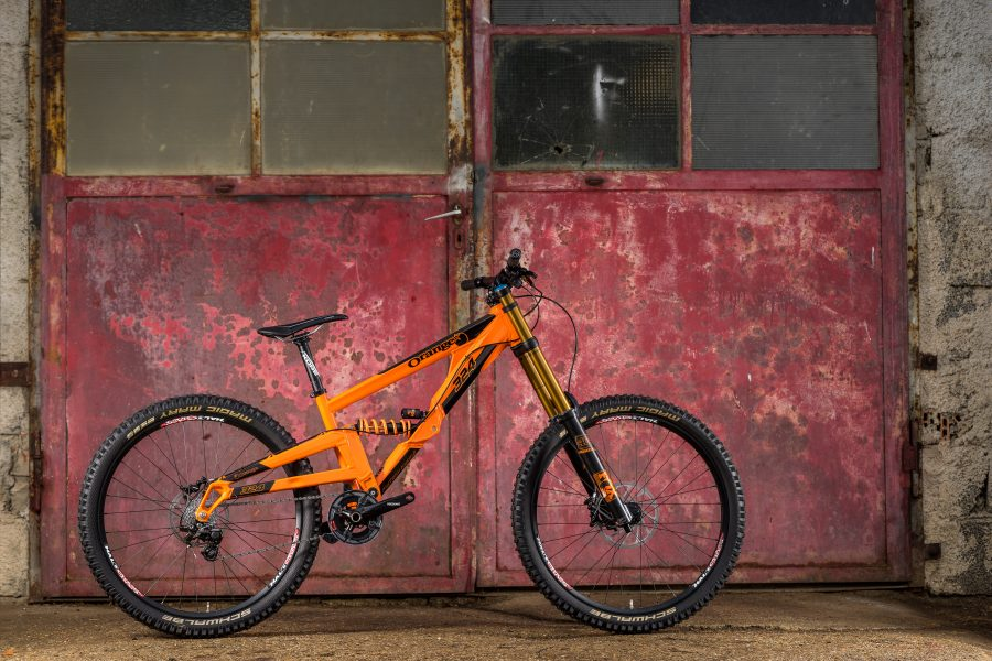 Orange 324 RS