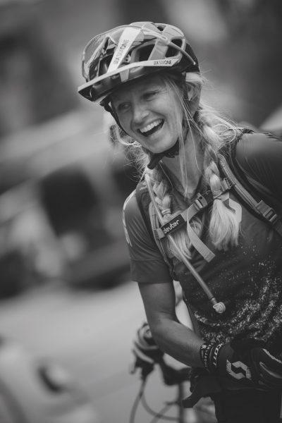 Karen Eller, Südtirol, Italien, Tramin, Kalterer SEe, Weinstraße, Südtiroler Weinstraße, Mountainbike Urlaub, MTB Urlaub, Reisen, Mountainbiken