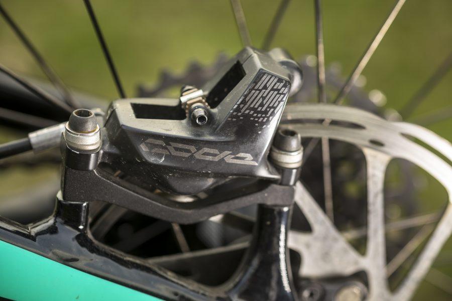 E-bike, ebike, Bike, Wissenswertes, Akku, Display, Know How, world of mtb, Magazin, Pflege, Wartung, Verschleiß, Check, Bremse, Bremsbelag, Bremsscheibe, Bremskraft, e-mtb