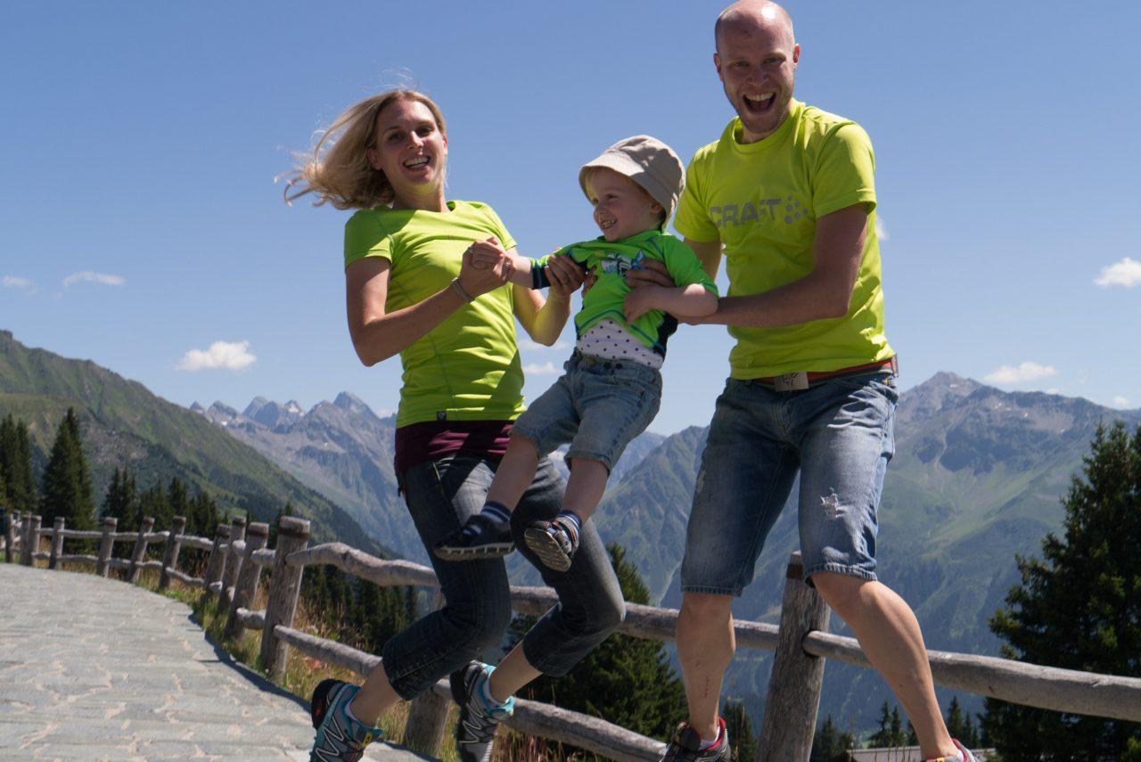 Kurvenreich, E-Bike, E-MTB, Frauen, Frau, Familie, world of mtb, world of mtb Magazin, worldofmtb, Mountainbike Magazin, MTB, Bike, Fahrrad, Bike-Sport, Radsport, Bikerin, Biker, Bikerinnen, Mountainbikerin, Mountainbiker, Mountainbike, Mountainbiken, Mountainbiking, Enduro, All-Mountain, Trail, Flow Trail, Singletrail, Biketour