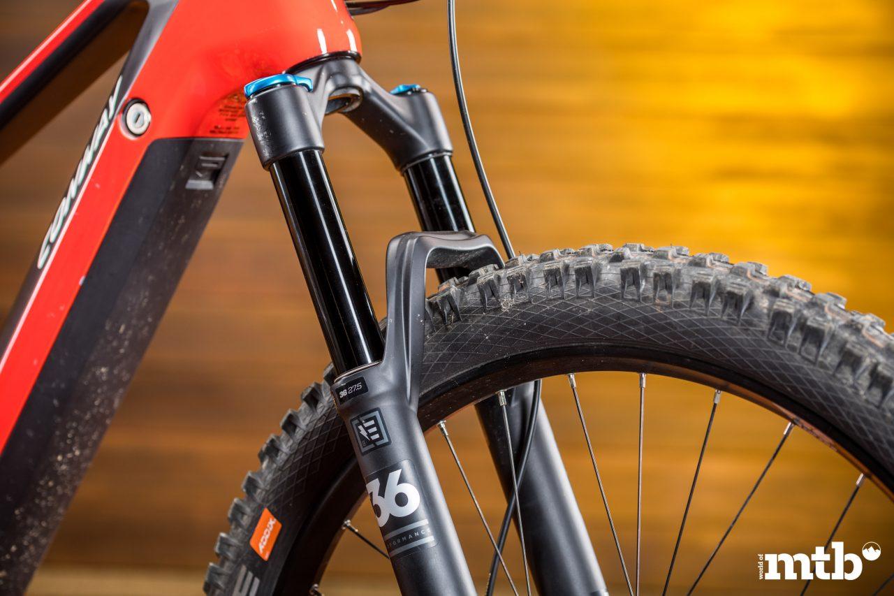 Test: Conway Xyron 727 Carbon E-Bike 2020 Federgabel