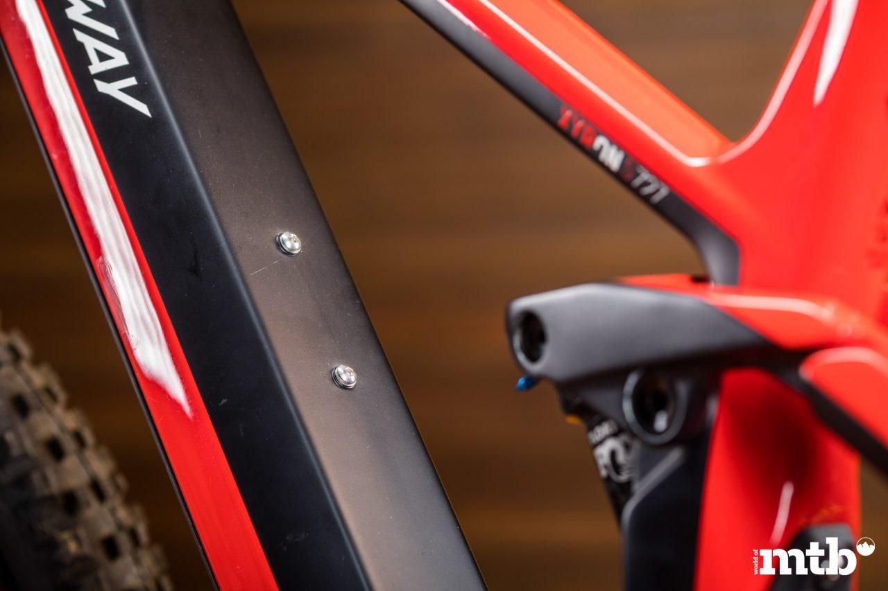 Test: Conway Xyron 727 Carbon E-Bike 2020 Flaschenhalter