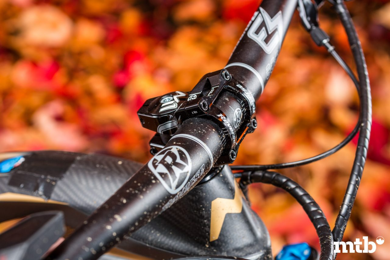 Test: M1 Das Spitzing Evolution Bobby Root Edition E-Bike 2020 Lenker, Vorbau