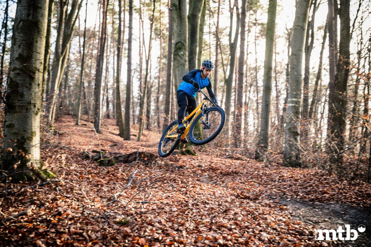 BMC--FOURSTROKE 01 ONE XC Biketest 2020
