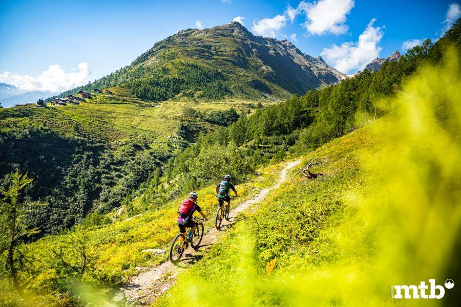 Höhenweg Trails und der schönste Campingplatz des Wallis Bietschhorn Trail
