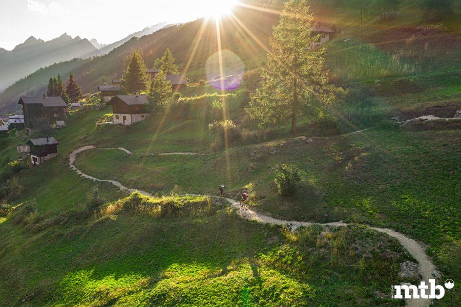 Höhenweg Trails und der schönste Campingplatz des Wallis Breithorn Trail