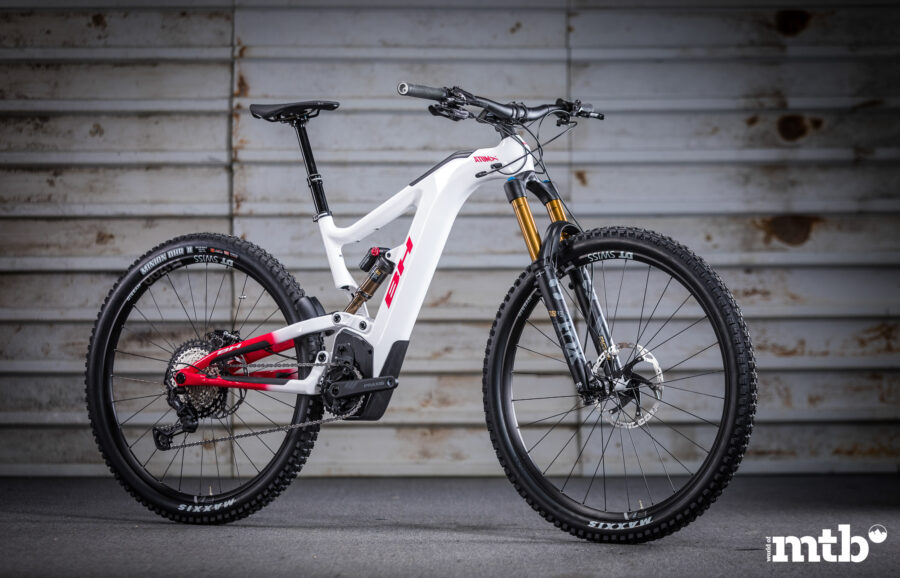 BH AtomX Carbon Lynx 6 Pro-SE