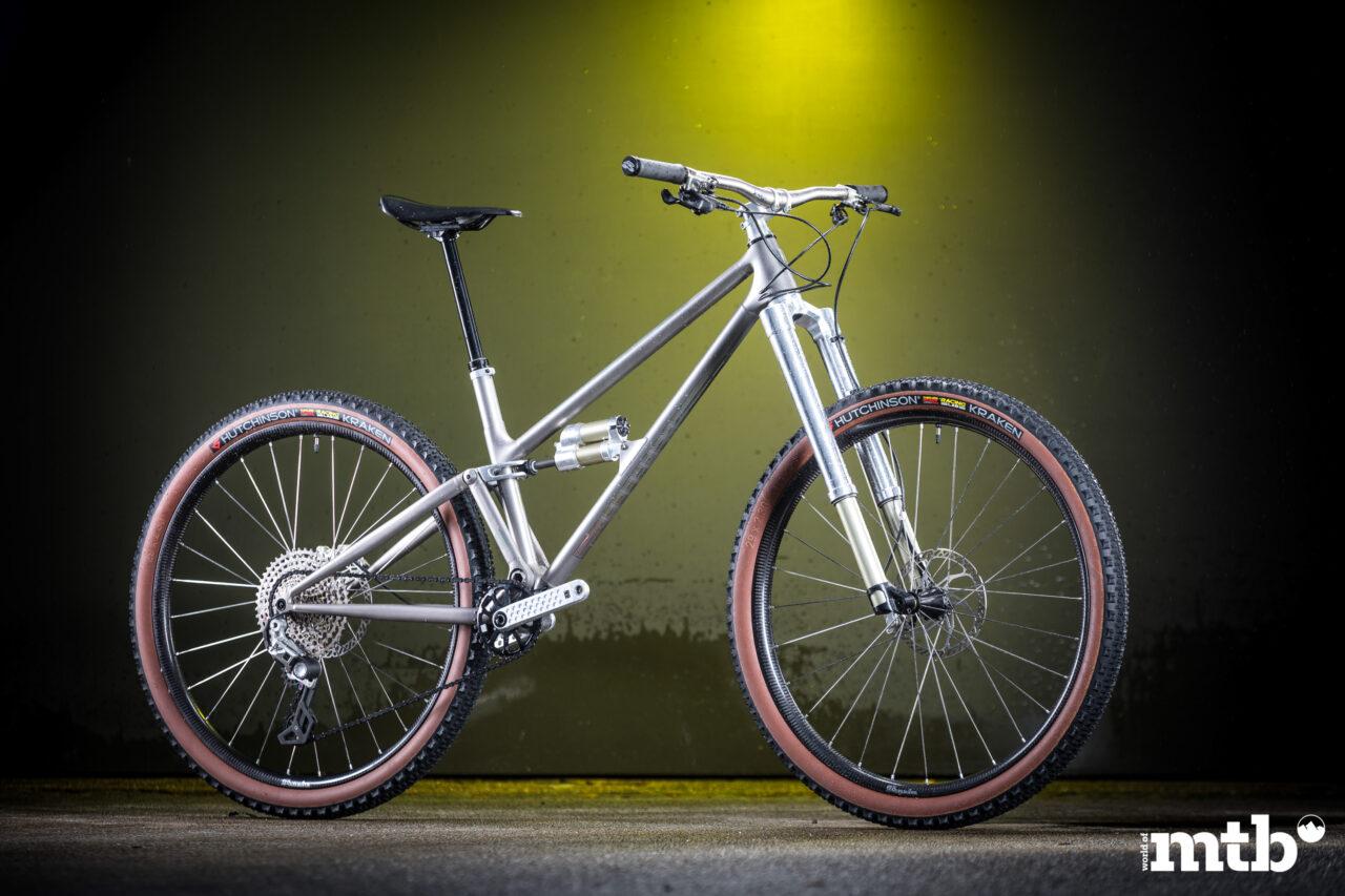 HUHN CYCLES Moorhuhn 129 Titan